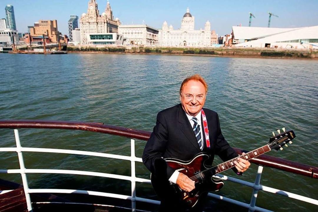 """Der Song """"Ferry Cross The Mersey...nen Fähre über den Liverpooler Mersey.    Foto: Dave Thompson (dpa)"""