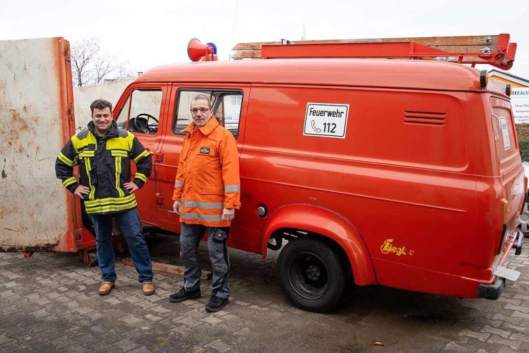 Markus Mack (links) hat geholfen, Hors...kroatische Erdbebengebiet zu schaffen.  | Foto: Volker Münch
