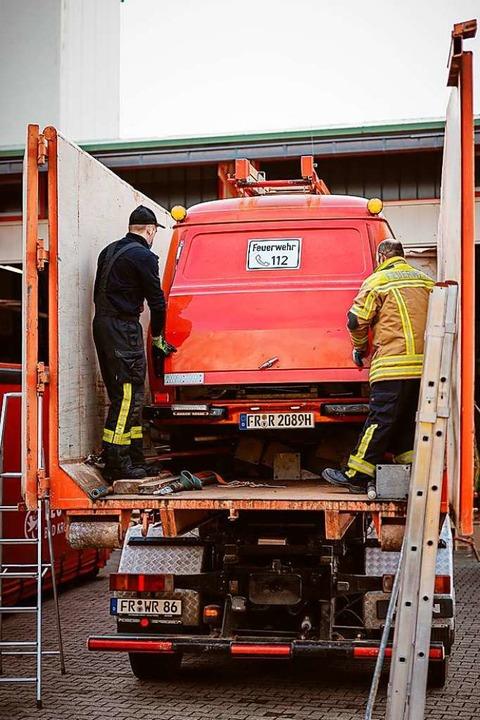 Selbst ganze Feuerwehrautos wurden ins Erdbebengebiet nach Kroatien gespendet.  | Foto: Andreas Berger