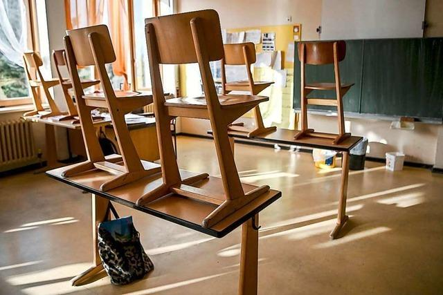 Plan für Schulöffnungen in 3 Stufen liegt vor – scharfe Kritik an Eisenmann