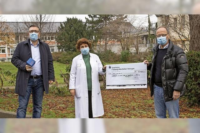 10 000 Euro für Umfeld in Kinder- und Jugendklinik