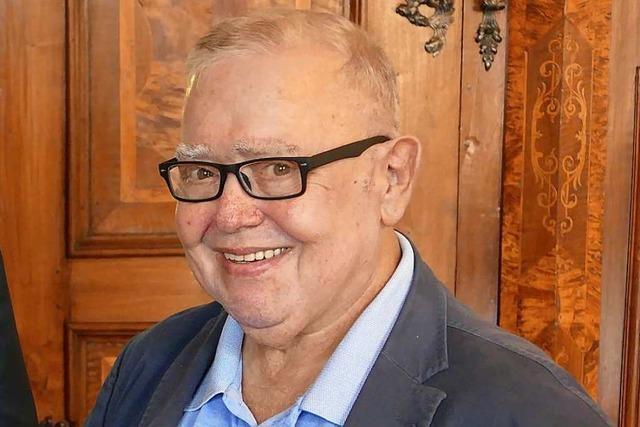 Trauer um Gusty Hufschmid, den Gründer des ersten privaten Radiosenders im Land