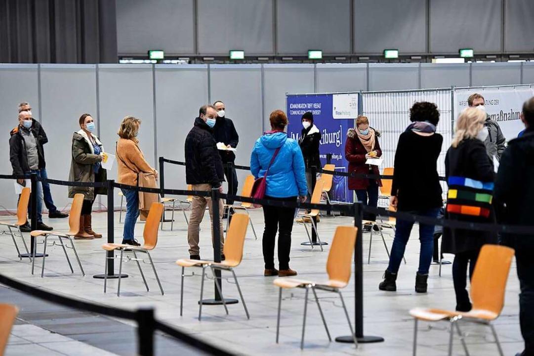 Läuft beim Impfzentrum: Die Stadtverwa...ff bremst allerdings alle Beteiligten.  | Foto: Thomas Kunz