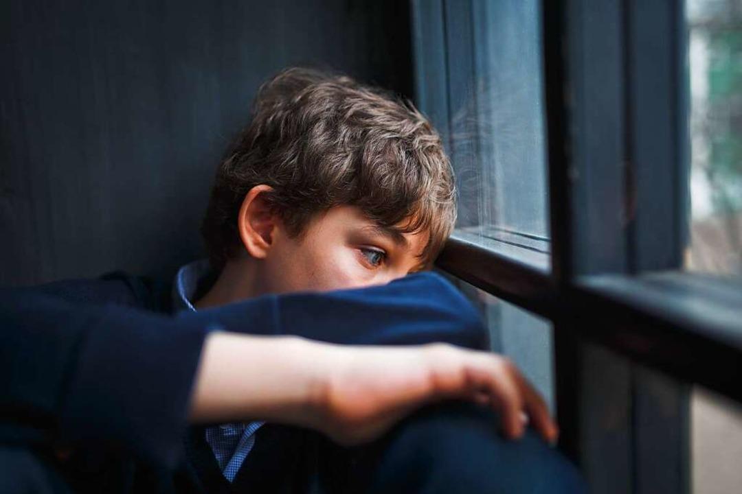 Jungen Menschen zwischen 14 und 24 Jah...demie psychisch besonders zu schaffen.  | Foto: Irina Polonina  (stock.adobe.com)