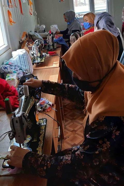 Die Nähateliers sind sehr beliebt bei ...nce auf ein eigenes kleines Einkommen.  | Foto: Zarok