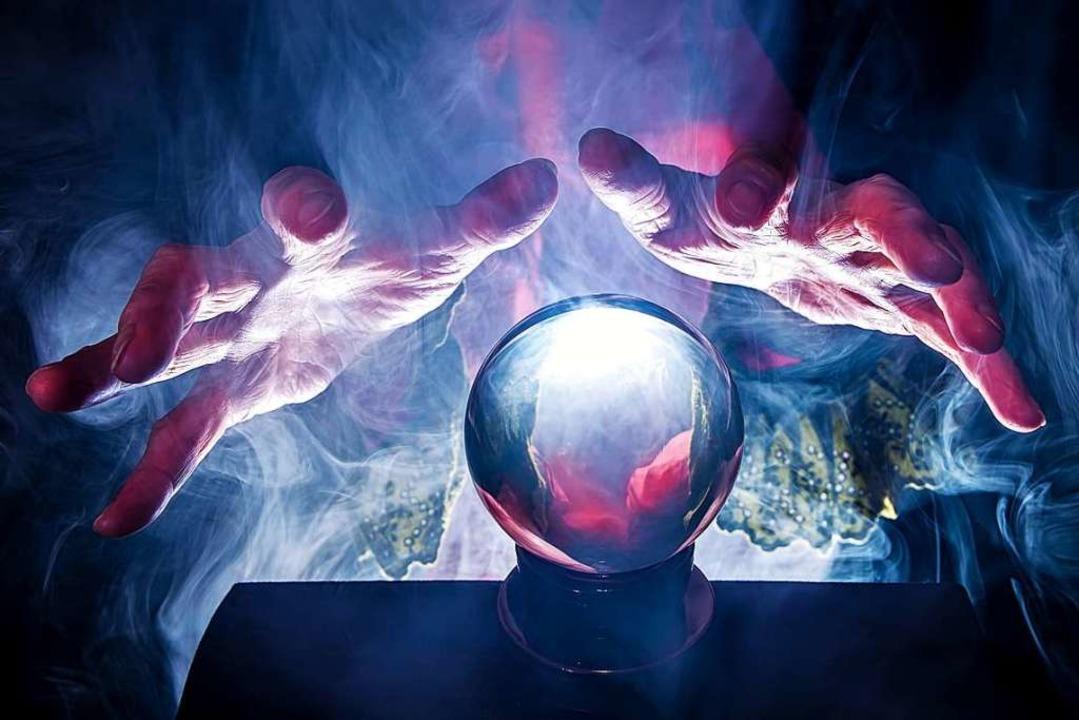 Was uns 2021 bringt? Die Glaskugel hat es uns verraten.  | Foto: Rainer Fuhrmann  (stock.adobe.com)