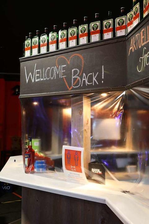 Zwischen August und Ende Oktober durft... Rockcafé öffnen – mit Auflagen.  | Foto: Christoph Breithaupt