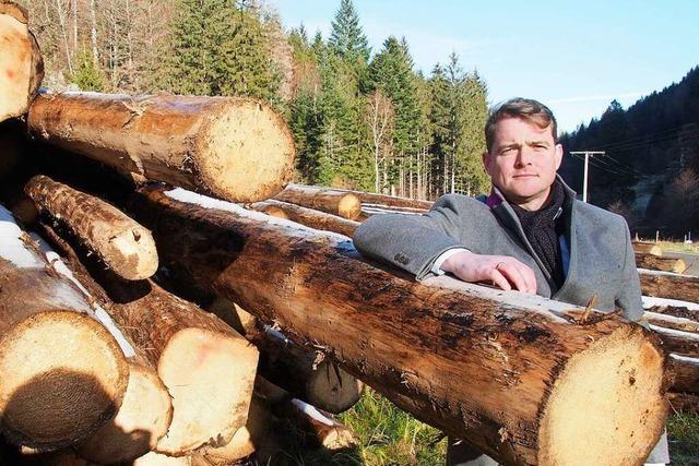Ortsrundgang mit Bürgermeisterkandidat Klaus Vosberg