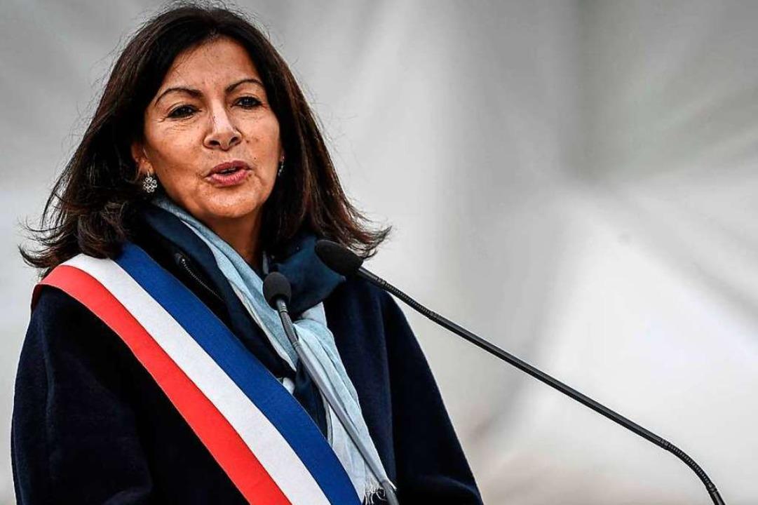 Paris' sozialistische Bürgermeis...will die Metropole ökologisch umbauen.    Foto: STEPHANE DE SAKUTIN (AFP)