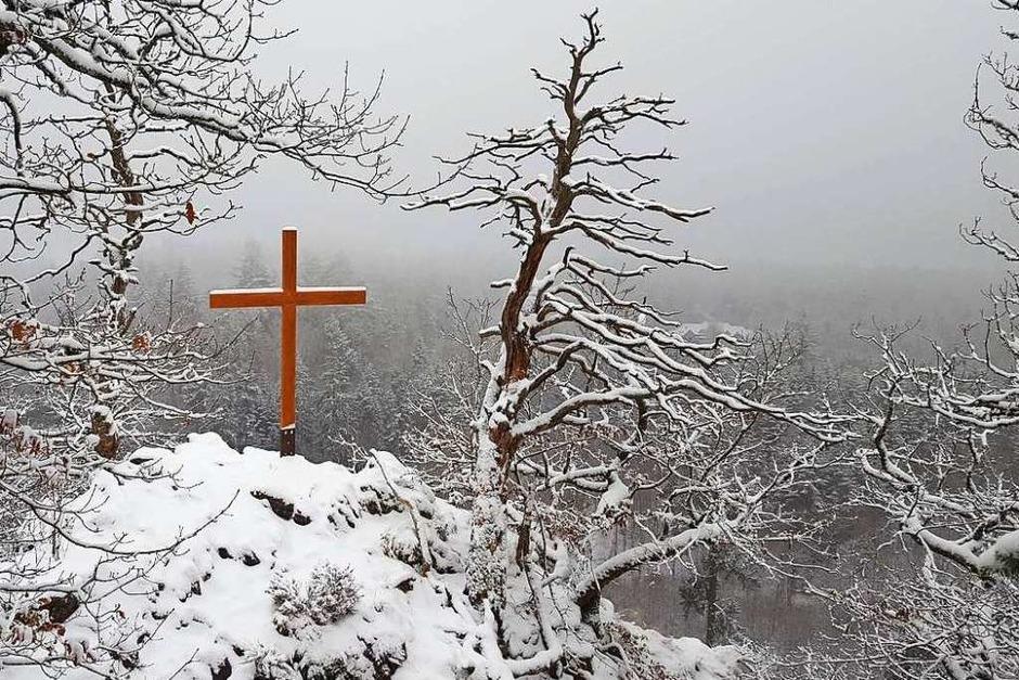 Der Röthekopf und die Wanderwege dorthin versinken im Schnee. (Foto: Stefan Mertlik)