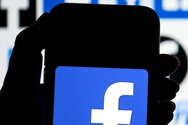 Newsblog: Facebook sperrt dauerhaft Trumps-Konto
