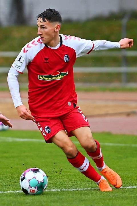 Nach Schlüsselbeinbruch operiert: Konr... bei der Freiburger U23 beackern darf.  | Foto: Achim Keller