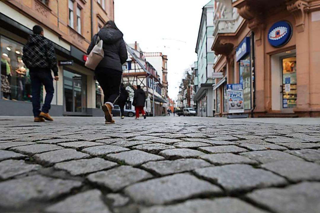 Seit Jahren ein Thema: das Pflaster in der Marktstraße    Foto: Christoph Breithaupt