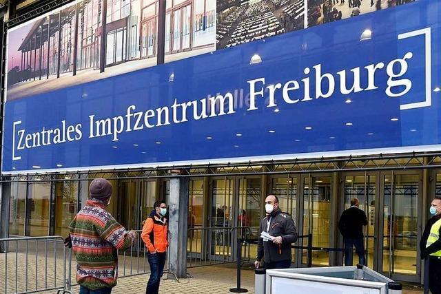 Freiburger Impfzentrum erhöht Schlagzahl dank mehr Impfstoff pro Ampulle
