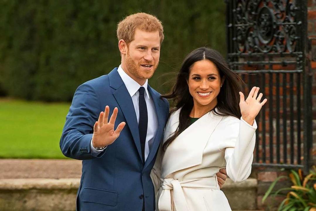 Bei der Bekanntgabe ihrer Verlobung: Prinz Harry und Meghan Markle    Foto: Dominic Lipinski