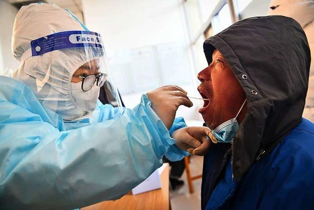 Straßensperren und abgeriegelte Orte nach Corona-Ausbruch in China