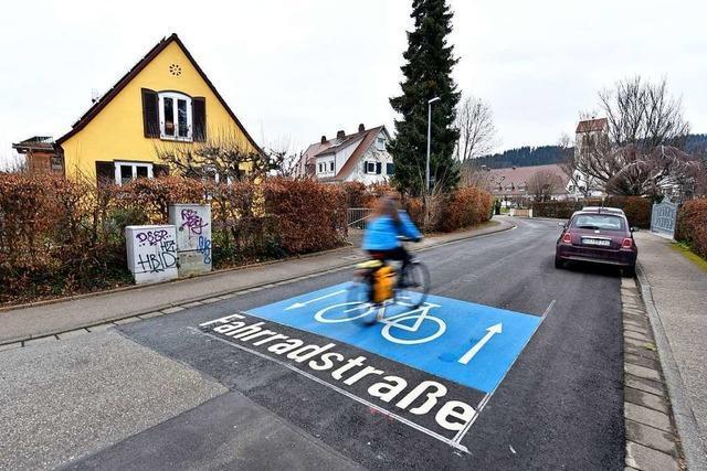 In zwei weiteren Freiburger Straßen haben die Radler nun Vorfahrt