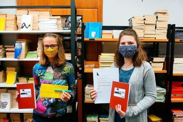 Zwei junge Denzlingerinnen gewinnen mit Kreativität und Sprachgefühl einen Schreibwettbewerb