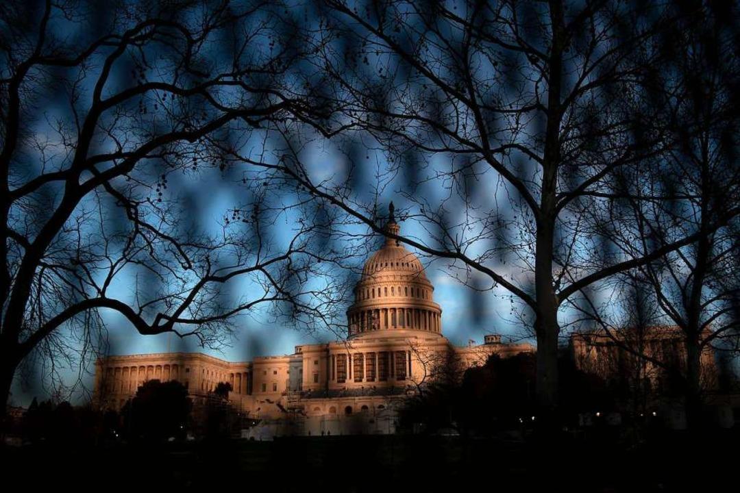 Gebäude mit eminenter Symbolkraft: Das...hington steht für Amerikas Demokratie.    Foto: BRENDAN SMIALOWSKI (AFP)