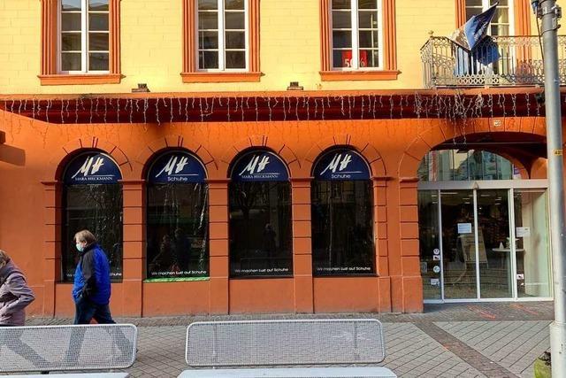 Hilferuf der Händler: Offenburger City Partner verhängen Schaufenster