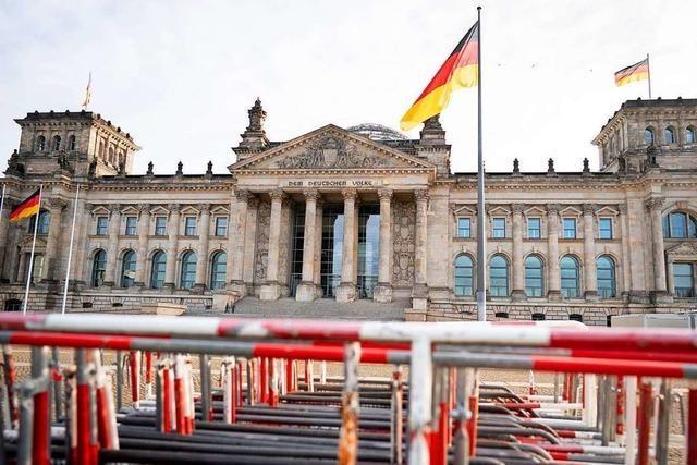 Störaktion von AfD-Gästen im Bundestag soll Konsequenzen haben