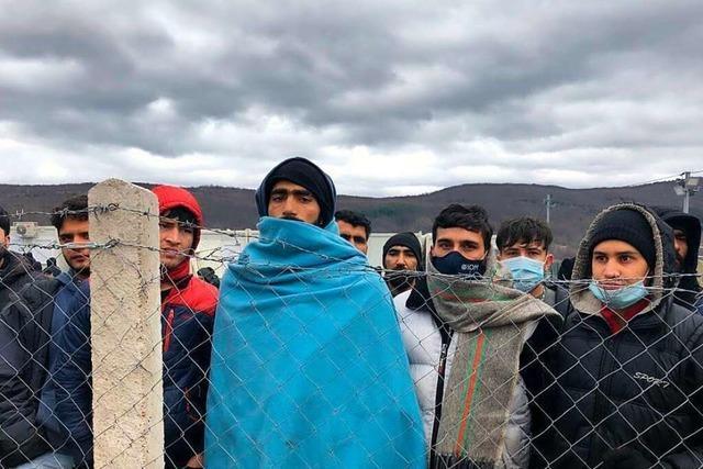 Hunderte Geflüchtete kämpfen im bosnischen Morast ums Überleben