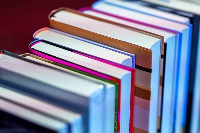 Die katholische Bücherei Friesenheim bietet Büchertaschen an