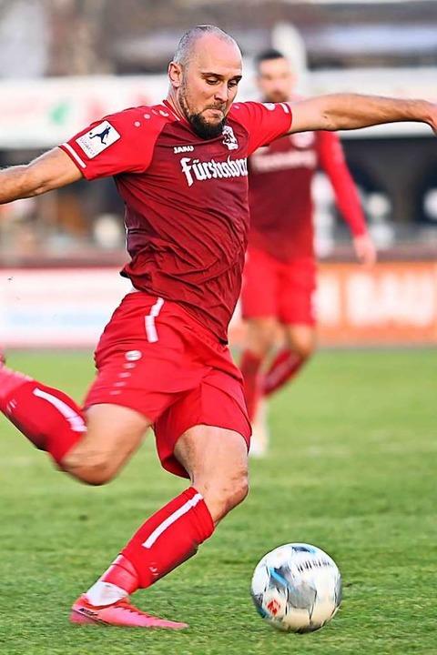 Derzeit nicht zu stoppen:  Santiago Fi... Regionalliga mit Marvin Pieringer an.    Foto: Achim Keller