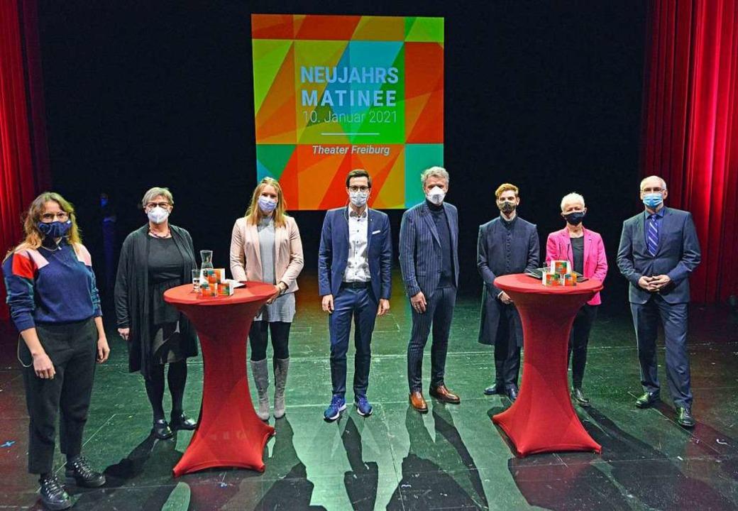 Gastgeber, Moderator und Gäste der Neujahrsmatinee    Foto: Michael Bamberger