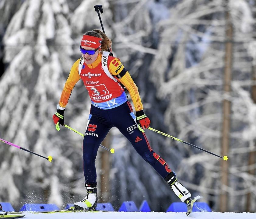 Janina Hettich zeigte in der Single-Mixed-Staffel eine gute Leistung.    Foto: Martin Schutt (dpa)