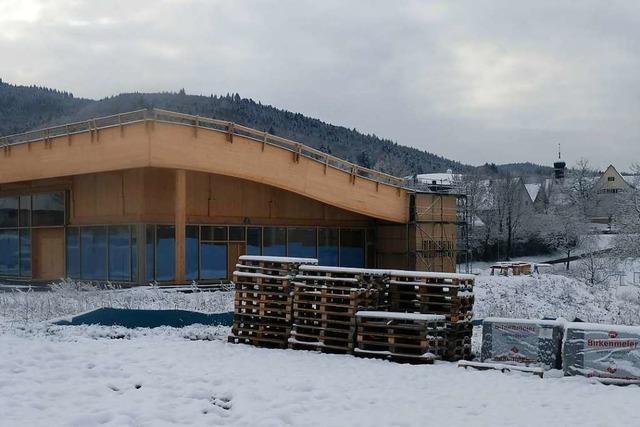 In Sölden eröffnet ein Supermarkt, der fast nur aus Holz besteht