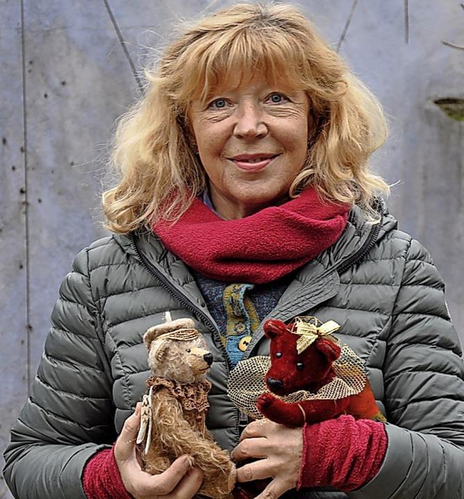 Besonders attraktiv fanden die Besuche...lschweil entworfenen  Bärenengelchen.   | Foto: Withas Werkhof