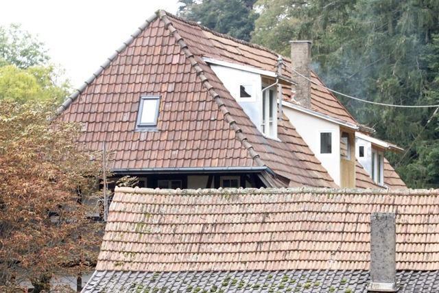 Historisches Gasthaus auf dem Schönberg ist wieder ohne Dachgauben