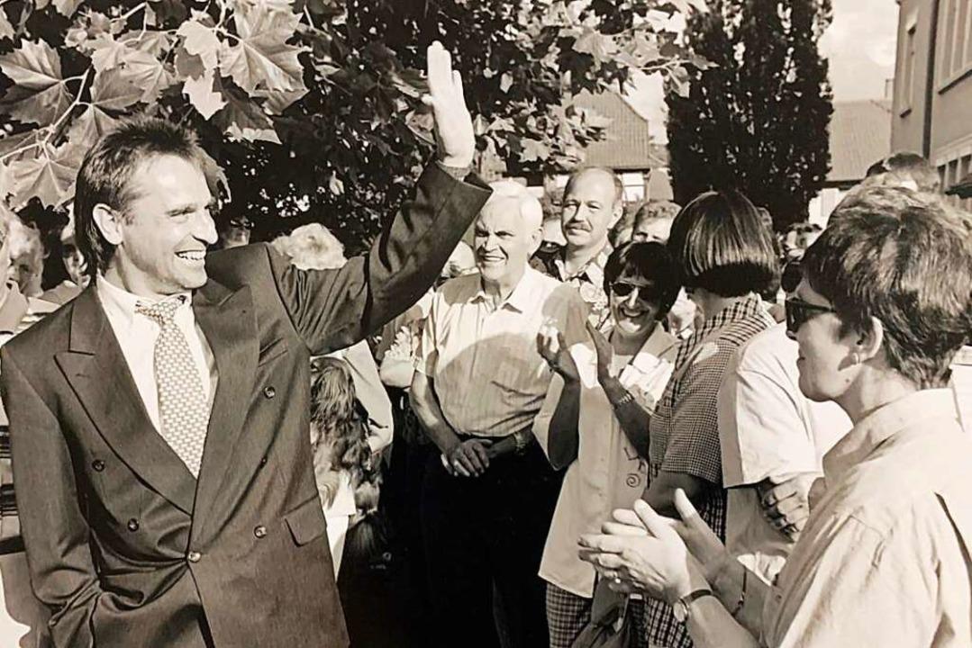 Am 27. Juli 1997 gewann Klaus Jehle (l...ie Wahl zum Bürgermeister von Hohberg.    Foto: Peter Heck