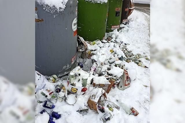 Müll rund um die Glascontainer