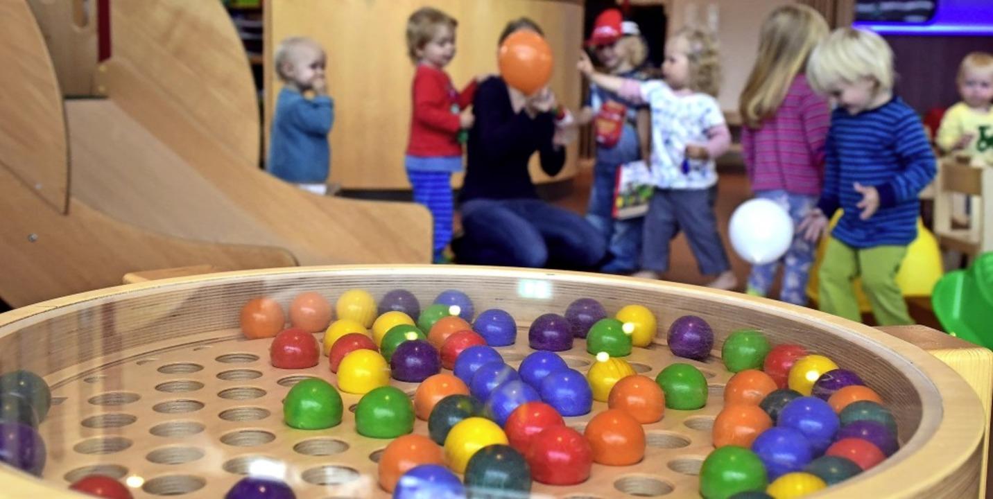 Die Notbetreuung von Kindern kann auch...ch nehmen, wer im Homeoffice arbeitet.    Foto: Thomas Kunz