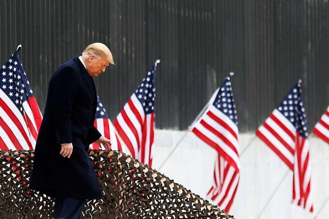 Noch-US-Präsident Donald Trump am Dienstag in Texas.  | Foto: Delcia Lopez (dpa)