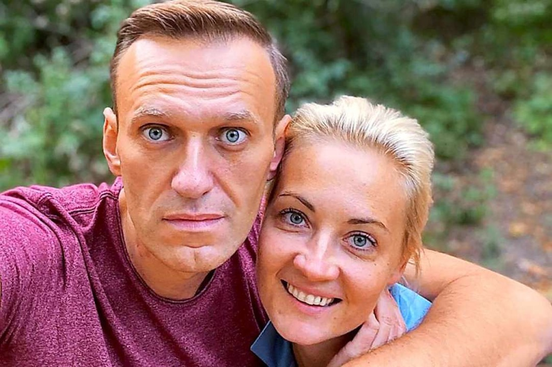Alexej Nawalny und seine Frau Julia  | Foto: Uncredited (dpa)