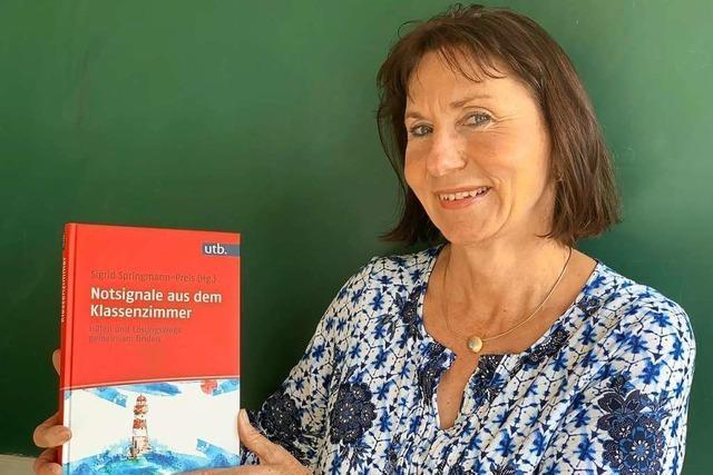 Lörracherin bringt Handbuch zu psychosozialen Störungen heraus