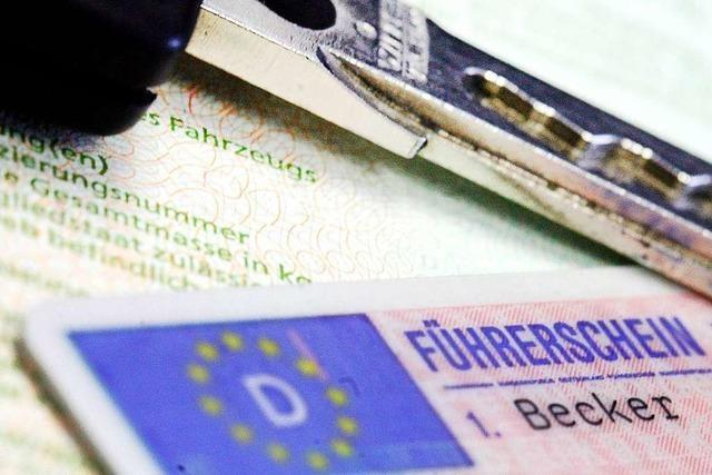 Lörracher hat gültigen Führerschein, wird aber wegen Fahrens ohne Erlaubnis bestraft