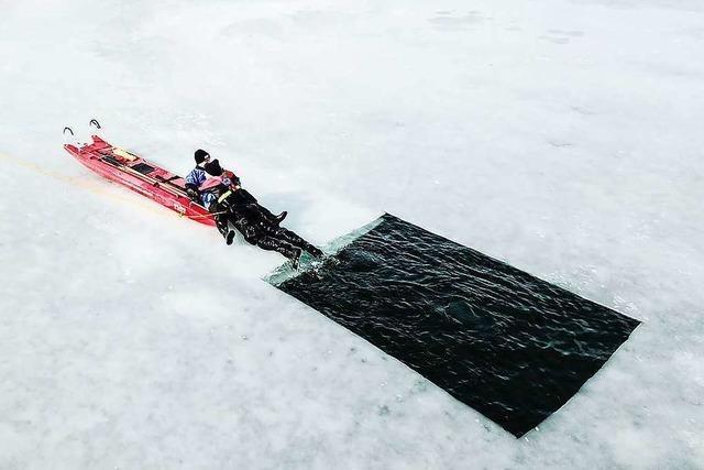 Auch wenn Eisflächen noch so verlockend sind: Das Betreten ist lebensgefährlich