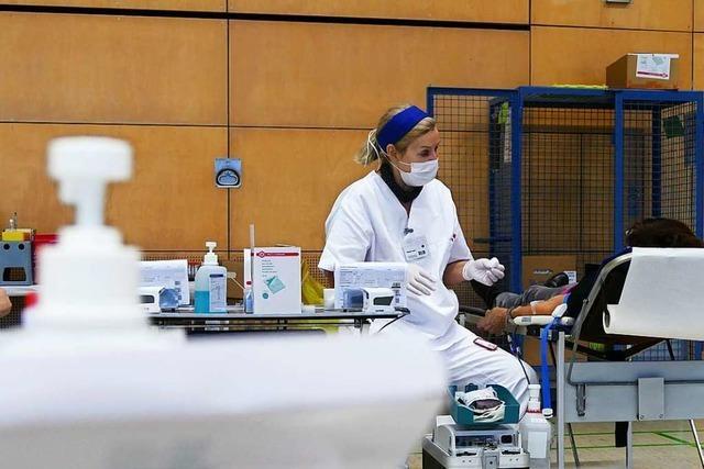 Corona hält die Blutspender in Heitersheim nicht ab