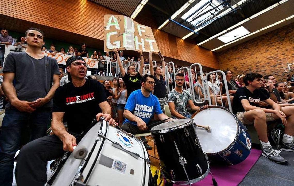 Mit Pauken, aber ohne Trompeten &#8211...beim USC Freiburg derzeit nur träumen.  | Foto: Patrick Seeger