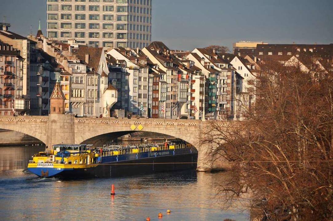 Die Demonstration auf der Mittleren Br...hivfoto) in Basel war nicht bewilligt.  | Foto: Daniel Gramespacher