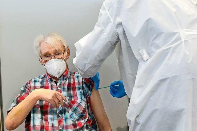 Freiburger Impfzentrum schafft erstmals mehr als 1000 Impfungen am Tag