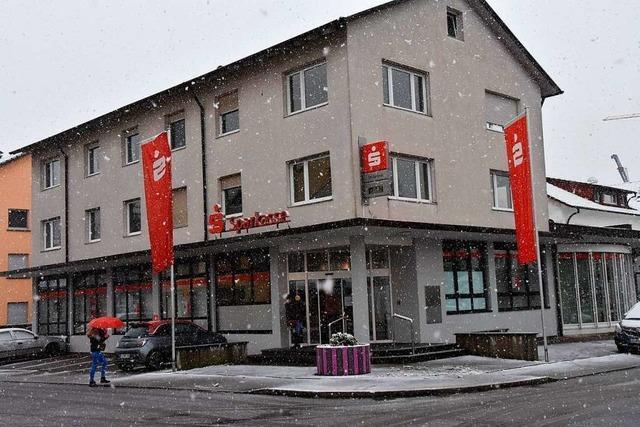Die Sparkasse in Wyhlen wird abgerissen und neu gebaut