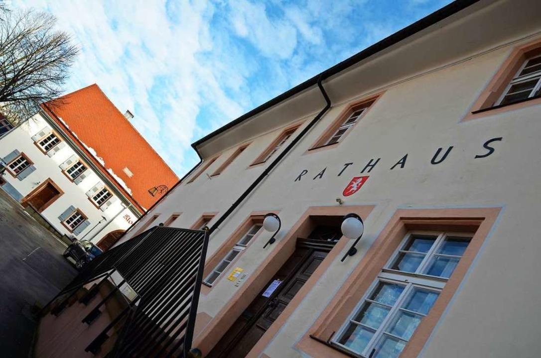Das Rathaus in Oberried: Wer wird hier künftig als Bürgermeister arbeiten?  | Foto: Kathrin Blum