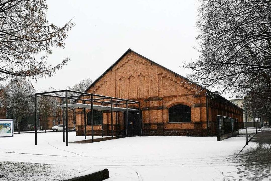 Die Reithalle auf dem Kulturforum wurd...n Prozess zum Gerichtssaal verwandelt.  | Foto: Ralf Burgmaier