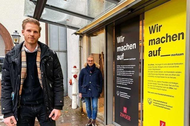 Lahrer Einzelhändler senden mit Plakaten einen Hilferuf an die Politik