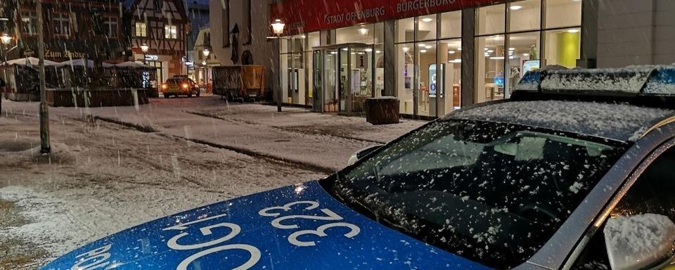 Polizei gibt Entwarnung: Keine Bombe vor dem Bürgerbüro in Offenburg